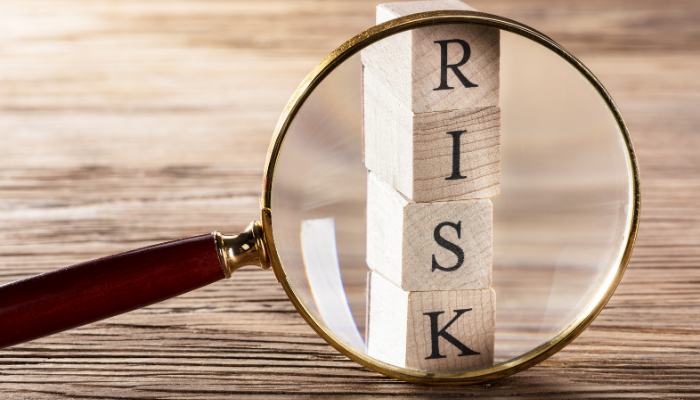 What are the Risks of Invoice Factoring