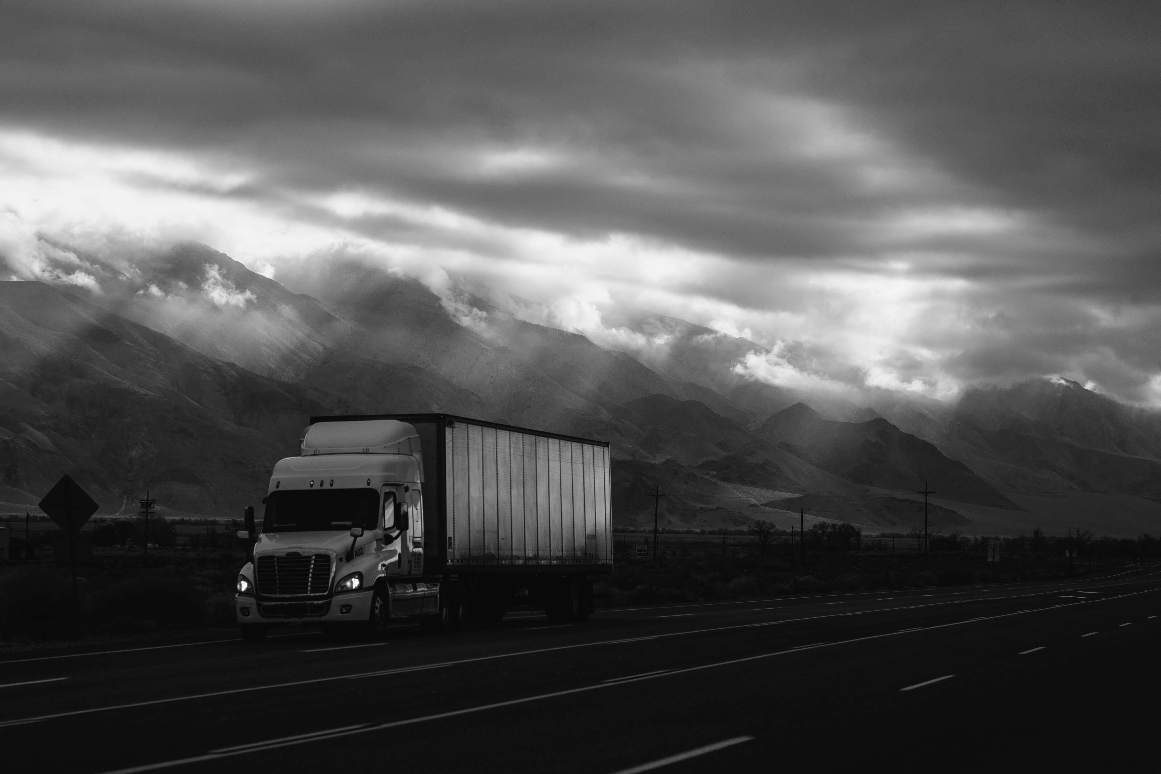 trucking factoring.jpg
