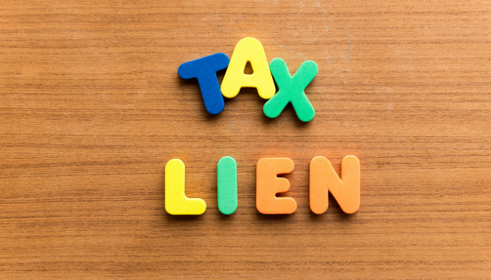 Does a Federal Tax Lien Disqualify You from Invoice Factoring?